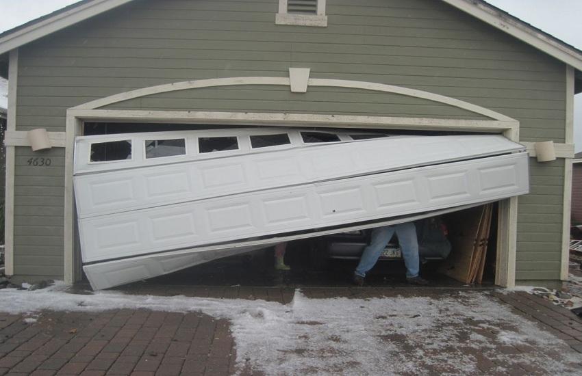Garage Door Repair Services in Montebello