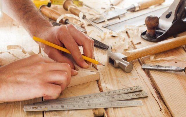 Tips for Hiring a Carpenter's Services