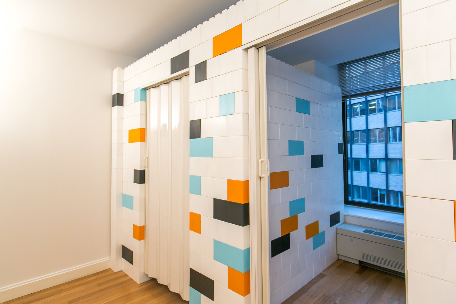 Flex Walls NYC Bring Down Rent Cost by Dividing Room Space