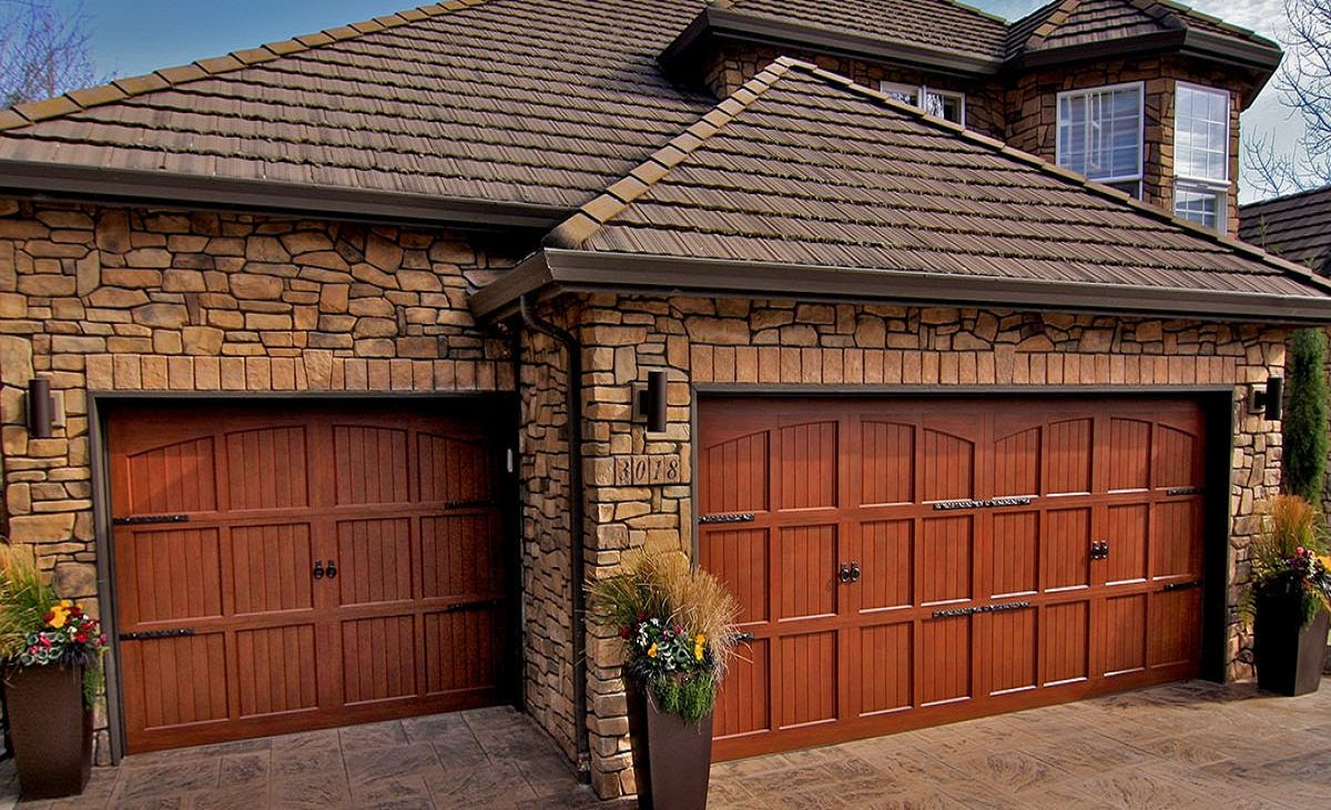 How to Choose the Best Garage Door for Your Home
